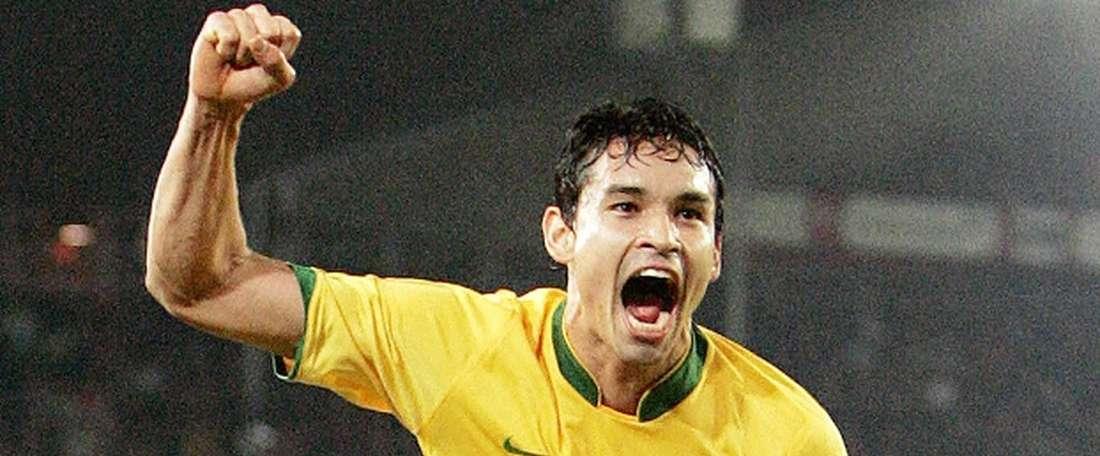 Dudu Cearense celebra un tanto con la camiseta de Brasil. AFP