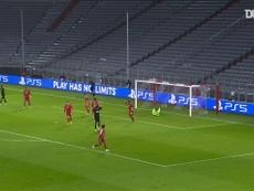 Neuer se salió contra el Salzburgo. DUGOUT