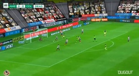 América won 1-0. DUGOUT