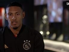 Sébastien Haller's first Ajax interview. DUGOUT