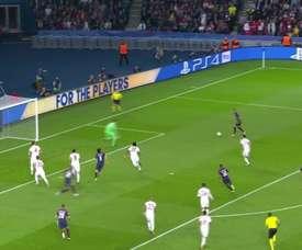 5 gols do aniversariante Daniel Alves. DUGOUT