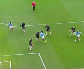VIDÉO: Les trois victoires consécutives 5-0 de Manchester City contre Burnley. Dugout