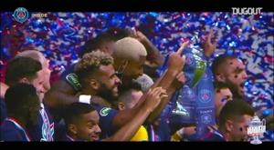 Confira como o PSG comemorou a Copa da França. DUGOUT