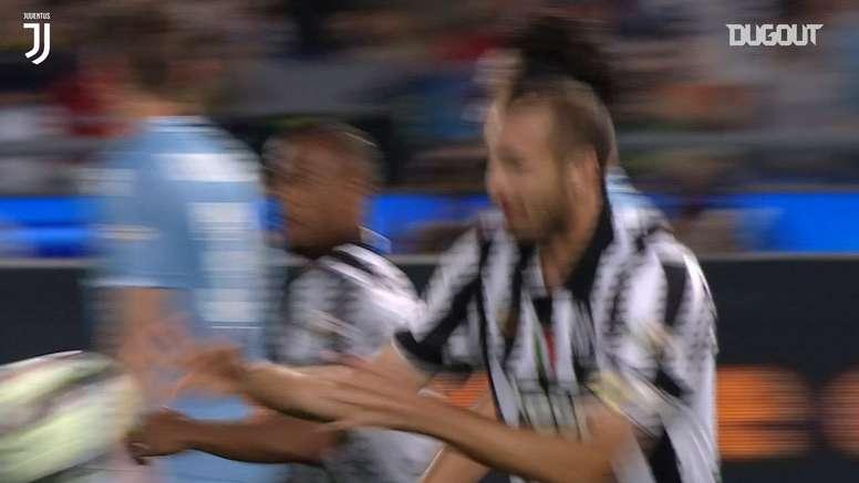 Un golazo de Chiellini en la Coppa. DUGOUT