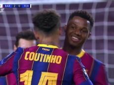 Le but de Coutinho contre Ferencváros. Dugout