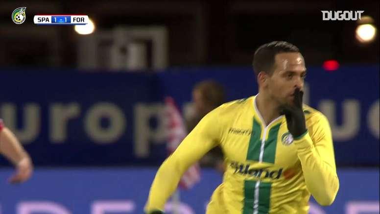 Raymond Fafiani marcou golaço pelo Fortuna Sittard contra o Sparta Rotterdam. DUGOUT