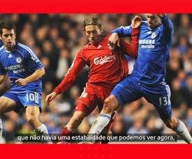 Lucas Leiva relembra sua fase no Liverpool. DUGOUT