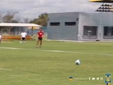 VÍDEO: Hugo Ayala también sirve de portero. DUGOUT