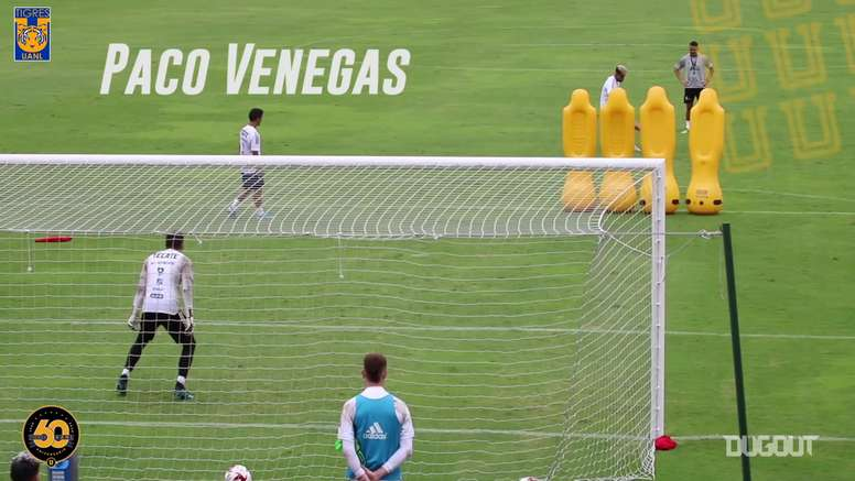 VÍDEO: Tigres se divierte a base de lanzamientos de faltas. Captura/Dugout