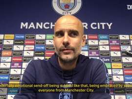 Guardiola: We just wanted to thank David Silva for what he's done. DUGOUT