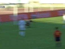 Great Spain goals from outside the box. DUGOUT