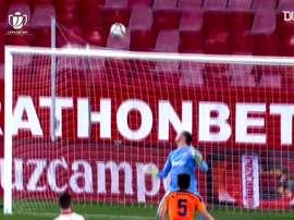 Gol 'made in Rakitic': ¡con una vaselina dio la puntilla al Valencia! DUGOUT