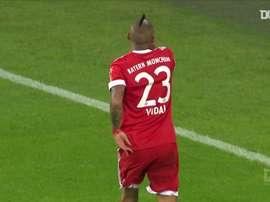 Vidal marca de primeira após linda assistência de James no Bayern. DUGOUT