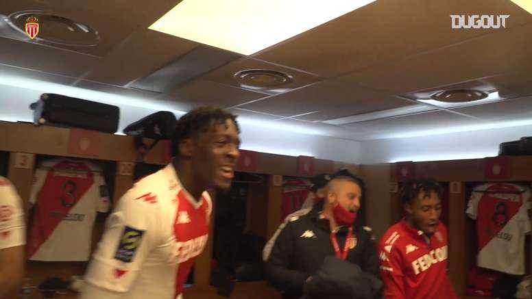 VIDÉO: Les célébrations de Monaco après le retour contre Paris. Dugout
