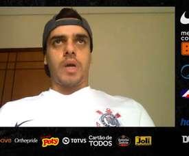 Fagner, lateral-direito do Corinthians, analisou o retorno do futebol. DUGOUT