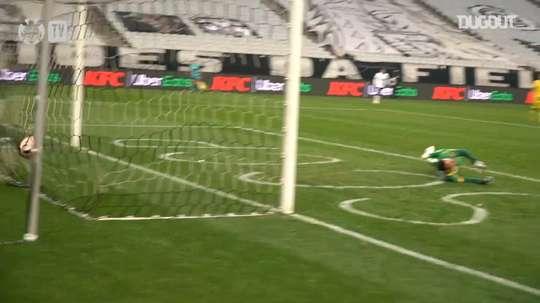 Éderson faz o gol da vitória do Corinthians sobre o Mirassol. DUGOUT
