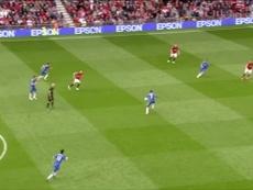 Le but de Mata à Old Trafford. DUGOUT