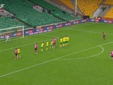 Wayne Rooney e seu golaço de falta contra o Norwich. DUGOUT