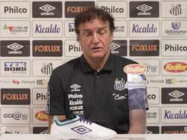 Cuca fala sobre mudança em cima da hora no Santos. DUGOUT