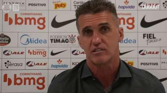 Vagner Mancini, técnico do Timão, concedeu entrevista após vitória sobre o Coritiba. DUGOUT