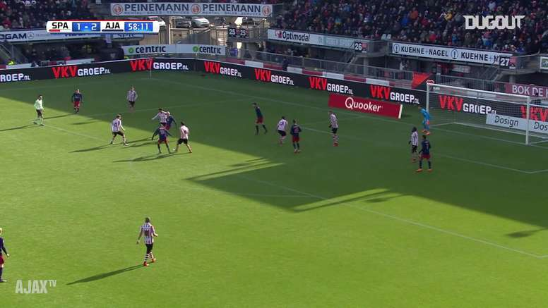 Le but de Justin Kluivert contre le Sparta Rotterdam. DUGOUT