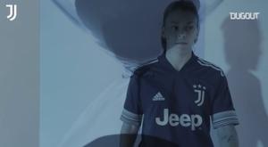 Juventus anunciou seu segundo uniforme para a próxima temporada. DUGOUT