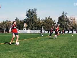 Colo-Colo treina antes de viajar para encarar o Athletico-PR. DUGOUT