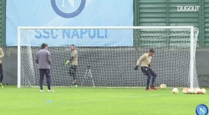 Napoli visita o AZ Alkmaar pela quinta rodada da fase de grupos da Liga Europa. DUGOUT