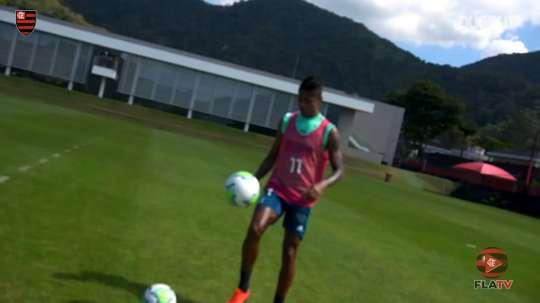 Flamengo continued their preparation. DUGOUT