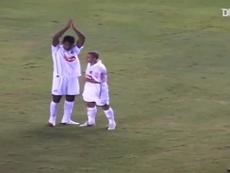 Alex Sandro scored this goal. DUGOUT