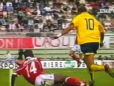 Adriano e Ronaldo a confronto. Dugout