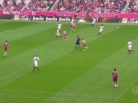 Il goal al volo di Lewandowski. Dugout