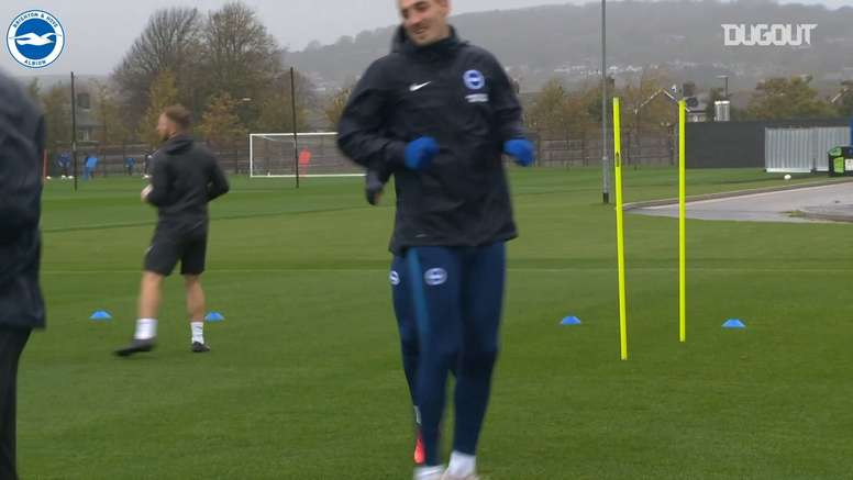Brighton have been training in preparation for the Tottenham match. DUGOUT