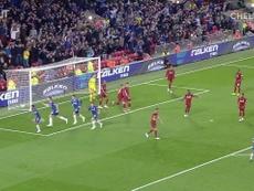 Il primo gol di Emerson al Chelsea. Dugout