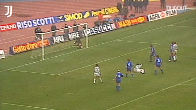 Salvatore Schillaci's incredible bicycle kick vs Hellas Verona. DUGOUT