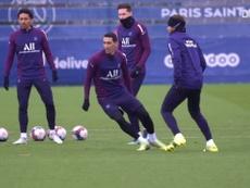 Pochettino prepara Paris Saint-Germain para duelo contra o Montpellier. DUGOUT