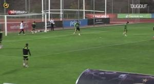 Diego Costa marcou golaço em treino da Espanha em 2014. DUGOUT