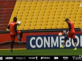 Barcelona de Guayaquil finaliza preparação para encarar o Flamengo. DUGOUT
