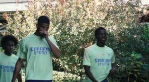 Arsenal treina para duelo contra o Leicester na Copa da Liga Inglesa. DUGOUT