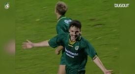 Le but en angle fermé de Van Bommel contre le Sparta. DUGOUT