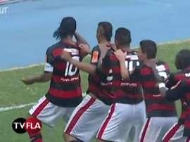 La punizione perfetta di Ronaldinho contro il Boavista. Dugout