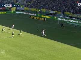 Incríveis assistências de Van de Beek pelo Ajax em 2019. DUGOUT