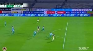 América beat Santos Laguna 3-1. DUGOUT