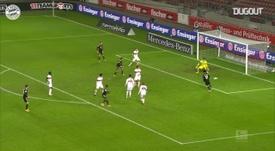 VIDÉO: Le but de Douglas Costa contre Stuttgart. Dugout