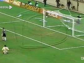 Un gran gol histórico en Sporting Cristal. DUGOUT