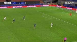 Le but de Jonas Hofmann contre l'Inter Milan. dugout