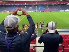 I festeggiamenti del PSG. Dugout
