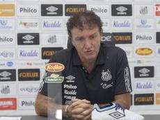 Cuca elogia entradas dos jovens Lucas Braga e Taílson. DUGOUT