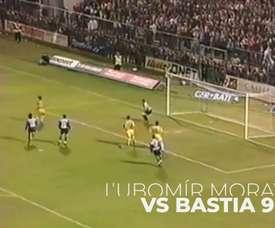 Algunos de los penaltis parados por Mickaël Landreau. DUGOUT
