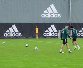 Lewandowski diventa portiere nell'ultimo allenamento. Dugout